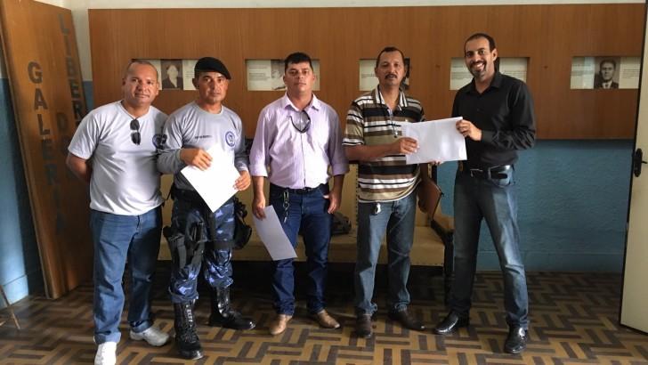 Representantes do Sindguarda-AL entregam projeto de Lei do Estatuto da Guarda Municipal de Viçosa