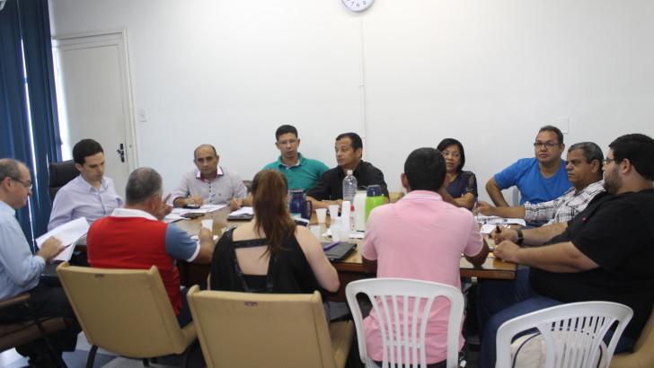 Sindguarda-AL e demais sindicatos se reunem com secretário de administração de Maceió e debatem reajustes para 2016