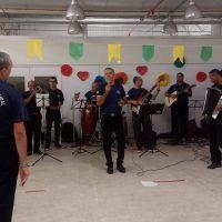 Banda da Guarda Municipal presta homenagem ao Dia dos Pais no Mercado do Jaraguá