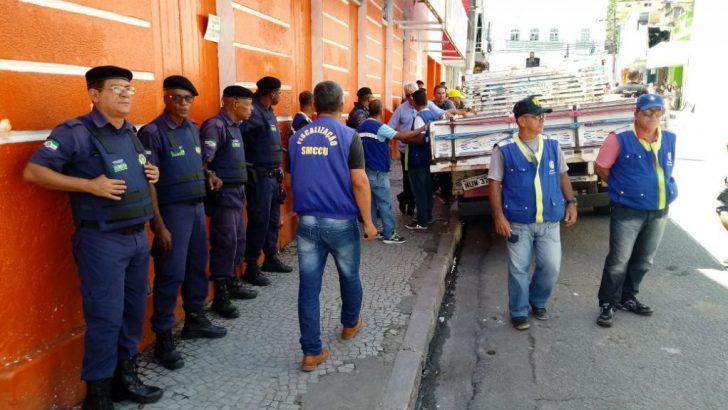 Agentes da Guarda Municipal dão apoio durante ações de ordenamento no Centro de Maceió