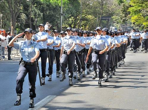 Concursos na área de segurança podem ter 25% de vagas reservadas só para mulheres