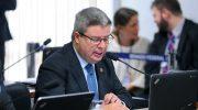 Congresso vai analisar veto a normas para negociação coletiva no serviço público