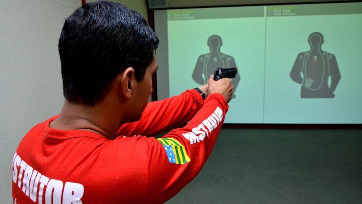 Proposta aumenta taxa de instrutor de tiro e estabelece reajuste anual