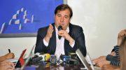 Decreto sobre intervenção federal no Rio dificulta votação da reforma da Previdência, afirma Maia
