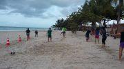 Sindguarda apoia projeto de atividade física em praia de Maceió