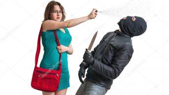 Projeto autoriza venda de spray de pimenta e arma de eletrochoque para mulheres