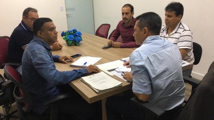 Pauta de reivindicações dos GM's de Maceió são apresentadas ao novo secretário da SEMSCS