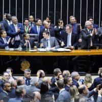 Câmara conclui 2º turno da reforma da Previdência; texto vai ao Senado