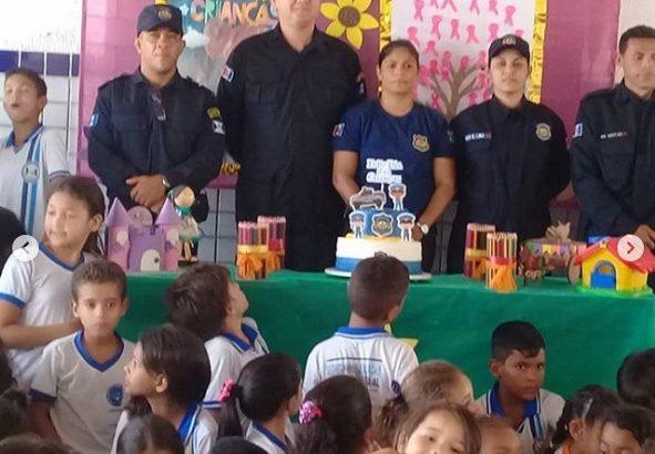 GCM de Delmiro Gouveia realiza projeto em comemoração ao Dia das Crianças
