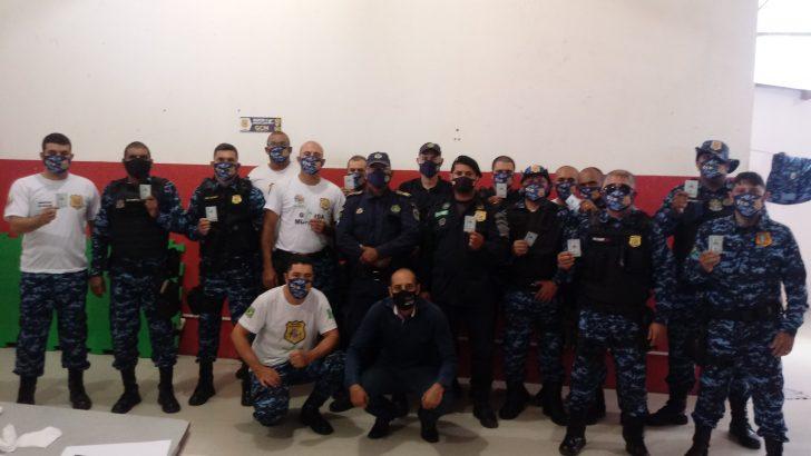 Conquista: Sindguarda-AL prestigia entrega das carteiras funcionais á GCM de Palmeira dos Índios