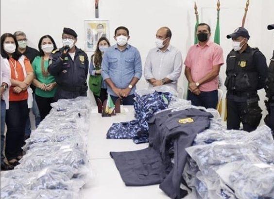GCM de Palmeira dos Índios é contemplada com dois novos kits de uniformes